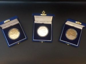Second and third prize of each category: silver and bronze medals